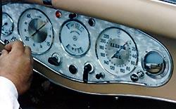 Palo Alto Speedometer: Mercedes Benz
